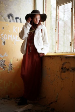 white Foxy Green coat - dark brown vintage boots