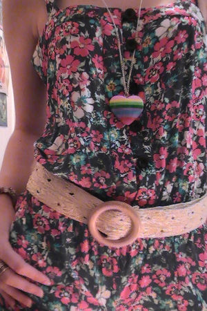 beige belt - necklace