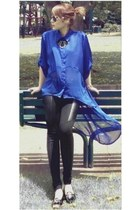 blue chiffon blouse - black jeggings leggings