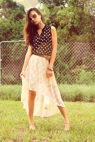 white mullet skirt - dark gray polka dots top