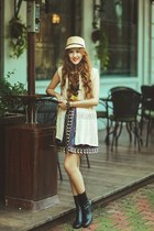 eggshell hat - black boots - violet dress - eggshell cardigan