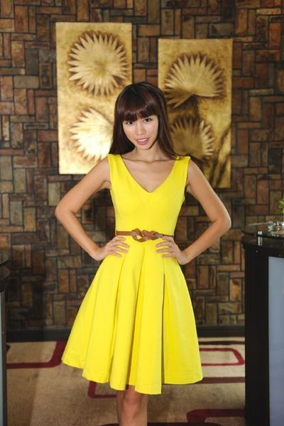 yellow dress - camel belt