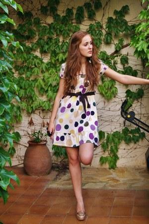 beige Cortefiel dress - camel Stradivarius heels