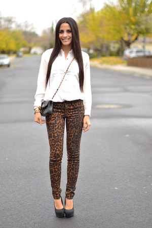 brown leopard print joes jeans - black vintage Chanel bag - white H&M blouse