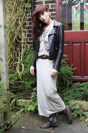 gray H&M dress