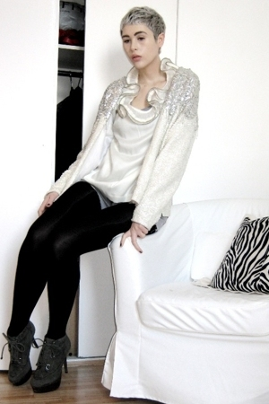 gray Topshop boots - white vintage jacket - white Topshop blouse