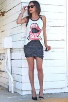 Junk Food t-shirt - t by alexander wang skirt - Giambattista Valli pumps