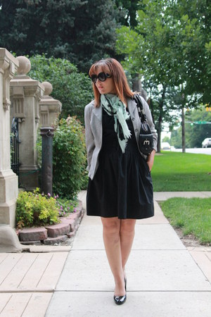 black thrifted dress - heather gray thrifted blazer - aquamarine kohls scarf