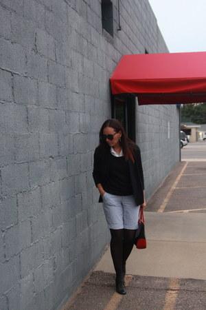 black thrifted sweater - black Nine West boots - black thrifted blazer
