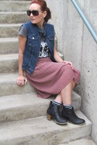 navy denim Christopher and Banks vest - black booties Old Navy boots