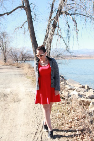 red Old Navy dress - black quilted leather Target flats
