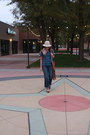 Navy-cropped-frayed-h-m-jeans-cream-fedora-vintage-hat