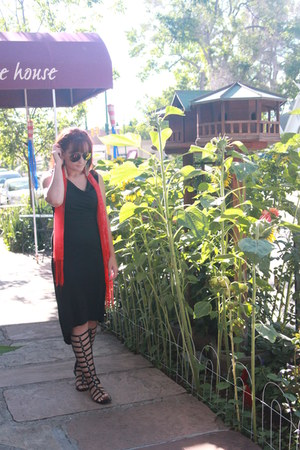 black thrifted dress - red Australia scarf - black Amazon sandals