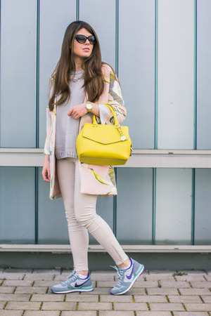 yellow Fiorelli bag - light pink H&M coat - off white Zara jeans