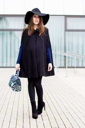 blue Choies bag - black Zara cape