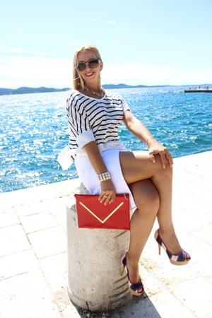navy Zara shirt - red envelope clutch TJ Maxx bag - red Guess heels