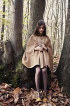 dark brown longchamp bag - mustard Chloe heels - tan personal creation cape