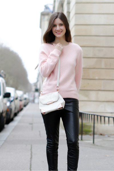 light pink mohair Lana Del Rey for H&M sweater - white Alexander Wang bag