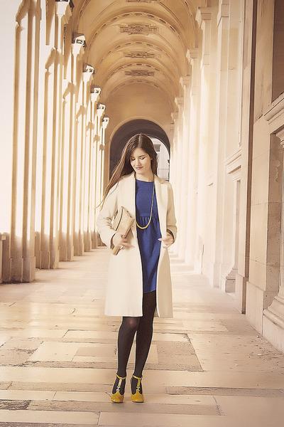blue Zara dress - white Sinéquanone coat - mustard Chloe heels