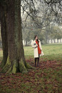 Carrot-orange-mango-dress-white-sinéquanone-coat