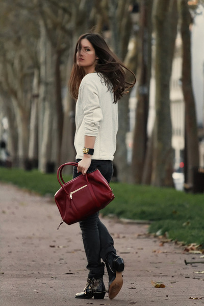 brick red Chloe bag - black susanna Chloe boots - beige Zara sweatshirt