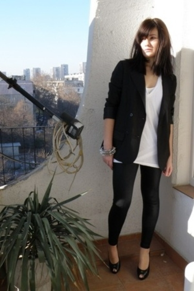 American Apparel t-shirt - BDG blazer - American Apparel tights - Chanel shoes -