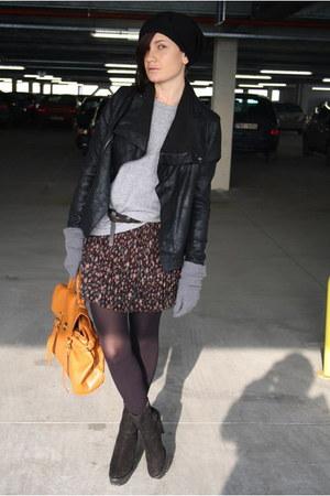 heather gray American Apparel top - burnt orange Ebay bag - dark brown The Scarl