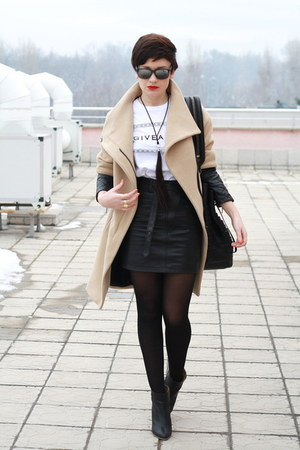 camel Zara coat - Topshop skirt