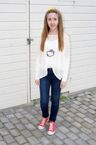 homemade necklace - red shoes Converse shoes - Cubus jeans - Bik Bok sweater