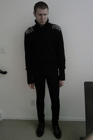 silver DIY by Me sweater - black H&M sweater - black april 77 jeans - black Gior