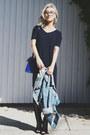Black-jessica-buurman-boots-navy-uniqlo-dress