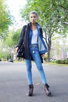 black alaia boots - navy Topshop jeans