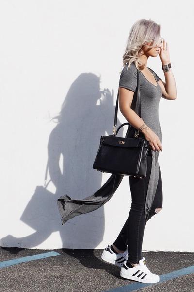 dark brown JORD watch - black Hermes bag - gray CRÈME DE LA FAME top