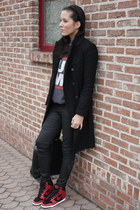 Zara coat - Urban Outfitters sweatshirt - Zara pants - nike sneakers