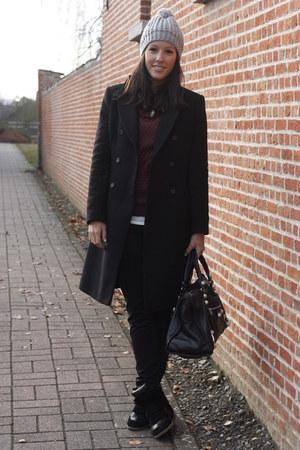black Zara coat - heather gray H&M hat - maroon H&M sweater