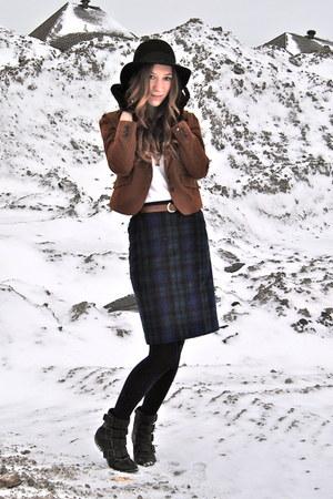 black Steve Madden boots - black H&M hat - tawny Zara blazer - navy vintage skir
