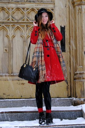 red twik coat - camel thrifted vintage scarf - black thrifted vintage purse - bl