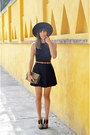 Gold-stuart-weitzman-shoes-cotton-american-apparel-dress