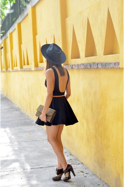 cotton American Apparel dress - gold stuart weitzman shoes