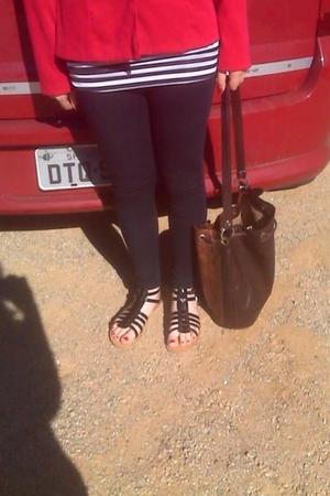 blazer - leggings - shoes - t-shirt - t-shirt - purse