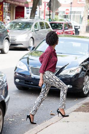 leopard print Dorothy Perkins blouse - Jeremy Ho heels
