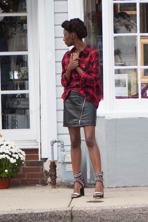 plaid Forever 21 shirt - lakota Jeffery Campbell sandals - Wilson Leather skirt