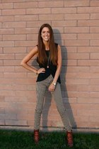 black skinny Tripp NYC pants - brown lace up joss Lucky Brand boots