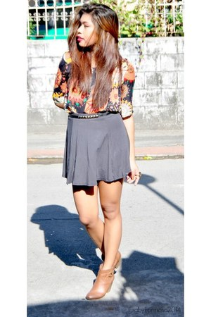 charcoal gray skater cotton on skirt - brown ankle Nine West boots