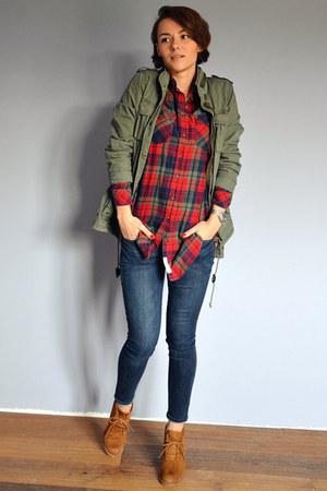 dark green parka H&M jacket - bronze shoes - navy Gap jeans