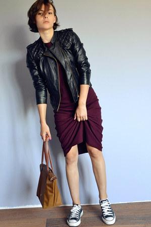 crimson maxi Zara dress - black leather Zara jacket - bronze longchamp bag