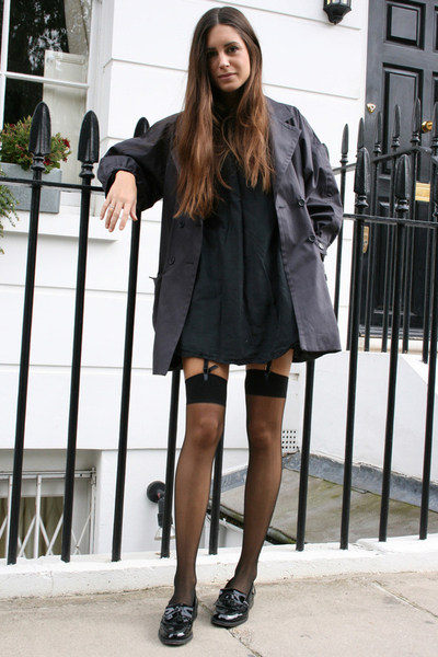 aa tights - Russell&Bromley shoes - H&M dress - paul&joe coat