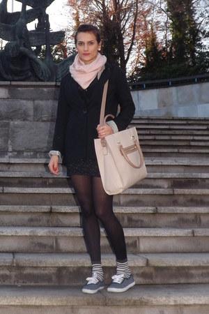 eggshell Pennys bag - black Bershka blazer - black Zara shirt