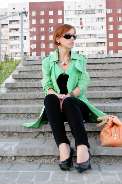 chartreuse Oasis jacket - black faux leather new look heels