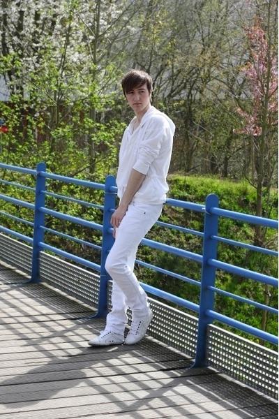 white Topman hoodie - white Zara pants - white Zara sneakers